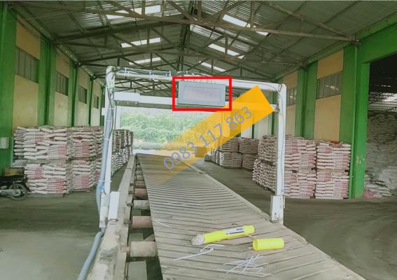 Bộ đếm sản phẩm giá rẻ - đếm bao trên băng chuyền băng tải xuất hàng